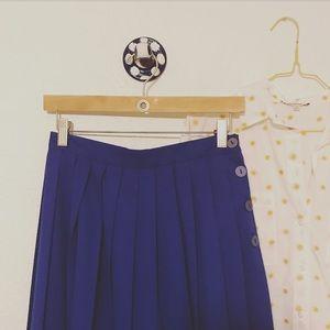 Vintage pleated midi skirt